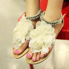 Sweet Flower and Beading Design Sandals For Women