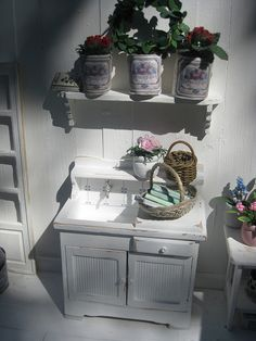 The flowershop by Lena   Flickr - Photo Sharing!by miniatyrmama1