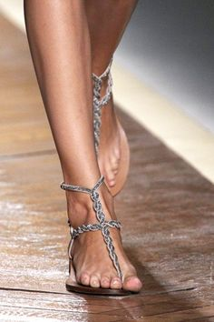 Explore the looks, models, and beauty from the Valentino Spring/Summer 2012 Ready-To-Wear show in Paris on 4 October with show report by Dolly Jones Cute Shoes, Me Too Shoes, Fab Shoes, Fashion Shoes, Fashion Accessories, Women's Fashion, Fashion Ideas, Shoe Boots, Shoes Sandals