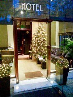 Kefalari Suites in total Christmas mood!  #Kefalari #suites #hotel #Christmas #Xmas #Christmaslights #Christmastree