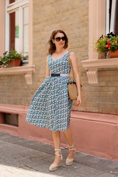 Outfit: Millefleur Summer Dress | www.moodforstyle.de | Fashion, Food, Beauty & Lifestyle Blog from Germany