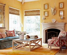 Living Room Decor Yellow Walls, Yellow Wall Decor, Living Room Colors, New Living Room, Living Room Furniture, Living Room Designs, Yellow Rooms, Small Living, Decorating With Yellow Walls