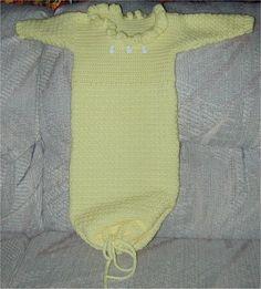Baby sleep gown crochet for newborn  free pattern from extrastellar.net