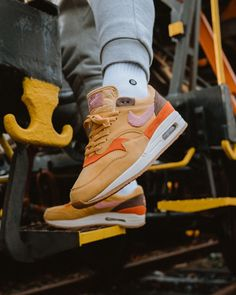 69eceb1e6434 Air Max 1 with crepe soles. Who copped  💻 Check the Link in our