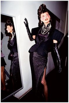 Linda Evangelista backstage for Christian Dior, Haute! F/W. 1997