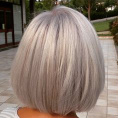 60 Gorgeous Gray Hair Styles Silver Blonde Bob Source by sheilavoii Grey Blonde, Blonde Bobs, Grey Bob, Grey Hair Bob, Medium Hair Styles, Long Hair Styles, Silver Grey Hair, Platinum Hair, Great Hair