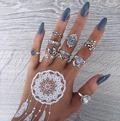 Bohomoon rings