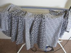 Kadiddlehopper: Circle Skirt How-to from panels Circle Skirt Pattern, Summer 2014, Sewing, Skirts, Halloween, Dressmaking, Couture, Stitching, Skirt