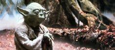 """Star Wars : Yoda est mort... enfin, sa voix  Le Point - Publié le 29/04/2015 à 16:44 Jean Lescot s'est éteint. Second rôle au théâtre et au cinéma, il avait tourné avec Lelouch, Costa-Gavras ou Resnais, et doublé en français le maître Jedi.  Yoda dans """"L'Empire contre-attaque""""."""