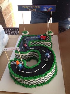 Great idea for a Turbo cake