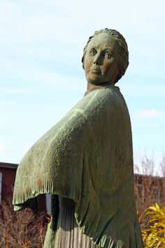 mill girl statue   by Muffet