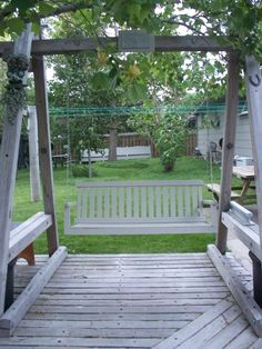1000 images about old porch swings on pinterest porch for Old porch swing