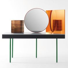 Milan London designers Doshi Levien presented this dressing table for BD Barcelona Design at the Salone Internazionale del Mobile in April. Dressing Table Design, Dressing Table With Stool, Dressing Table Mirror, Dressing Tables, Mobiles, Console Design, Milan Design, Design Design, Barcelona