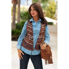 """Look del día! Nuestro #chaleco """"Oregón"""" en marrón. Con #bolso """"Sioux"""". ¿No te parece ideal? #chalecosmujer #modamujer #visteconamelia"""