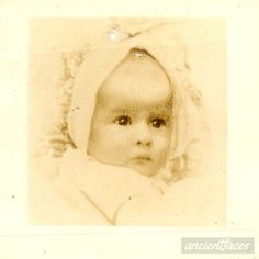 ~From Lodz, Poland~ Alfreda Aronson was only 6 years old when she was sadly murdered at Auschwitz Death Camp in 1943.