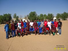 Donación zapatillas Etiopía by Red Deporte y Cooperación, via Flickr    Unas zapatillas. Fue suficiente para que el equipo de fútbol de Wukro (Etiopía) puediera mejorar, aunque sea un poco, sus condiciones de entrenamiento.    //    Sports shoes. That's all the Tigray (Ethiopia) football team needed to improve, even if just a little, it's training conditions.