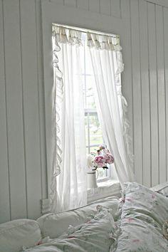 ♥ Yummy vintage whites white decor romantic prairie farmhouse cottage style