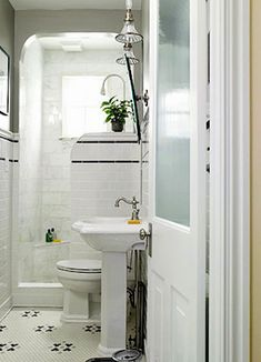 203 Best Tiny Bathrooms Images - Tiny-bathrooms