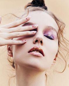 Sparkly Makeup