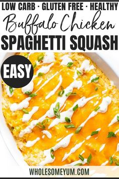 Keto Buffalo Chicken Spaghetti Squash Casserole Recipe - You need just 6 simple ingredients for keto buffalo chicken spaghetti squash casserole. Make this cheesy spaghetti squash casserole recipe for a healthy, comforting meal tonight! Low Carb Dinner Recipes, Lunch Recipes, Real Food Recipes, Great Recipes, Breakfast Recipes, Cooking Recipes, Healthy Recipes, Diet Breakfast, Ketogenic Recipes