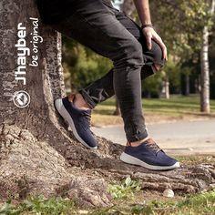 En cualquier lugar y en cualquier momento, ¡siempre listo! #Jhayber #calzado #zapatillas #outfit #moda #estilo #sneakers #casual #urban