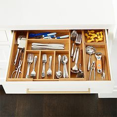 Bamboo Large Kitchen Drawer Organizer Starter Kit - the easiest way to organize utensils in your drawer Kitchen Wrap, Kitchen Pantry, Diy Kitchen, Kitchen Interior, Kitchen Design, Kitchen Ideas, Organized Kitchen, Basic Kitchen, Pantry Ideas