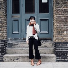 Autumn feel free to bring it  (Outfit breakdown  Mix of old & new  Last year's cap & booties summer bought jeans & new accessories @cru_london mini bucket - still big enough for camera yes! - and super soft merino scarf from @mhulotaccessories ) Ps. Is that a Homer face drawn on the step to my left?