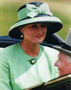 Princess+Diana+Royal+Ascot+Hats | princess diana dressed in green for royal ascot more 1992 princesses ...