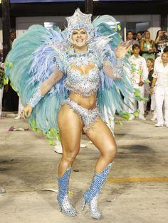 Carnaval 2012 - Mirella Santos da Grande Rio, no Sambódromo do Rio de Janeiro.