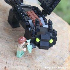 How to Build a LEGO Toothless (Inspired by How to Train Your Dragon) - Frugal Fun For Boys and Girls - How to Build a LEGO Toothless – Inspired by How to Train Your Dragon Sie sind an der richtigen Ste - Lego Duplo, Lego Ninjago, Design Lego, Deco Lego, Lego Dragon, Construction Lego, Lego Challenge, Lego Activities, Lego Club