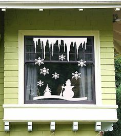 Details about Christmas Tree and Snowflakes, Icicles Windows and Wall Sticker Vinyl Decal USA Christmas Tree and Snowflakes, Icicles Windows and Wall Sticker Vinyl Decal USA Christmas Classroom Door, Office Christmas, Christmas Art, Christmas Projects, Christmas Windows, Christmas Window Decorations, Winter Art Projects, Christmas Tree Painting, Theme Noel