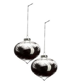 Check this out! Christmas tree ornaments in clear glass with a feather. Metal hanger and shimmery fabric hanger loop. Diameter 3 1/4 in. - Visit hm.com to see more.