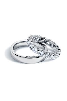 Find the perfect wedding ring for a lasting reminder of your special day. Choose a matching band to wear with her engagement ring, a diamond anniversary ring or a classic men's wedding ring.