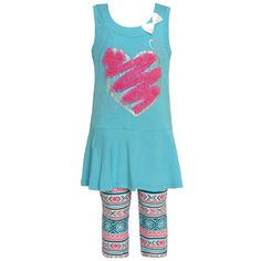 A beautiful heart applique and bow attached add girly flair to this Littoe Potatoes set. The aqua skirted sleeveless tunic features a glitter heart applique with trim detail and round neck with bow accent. Complete this layered look with art deco printed