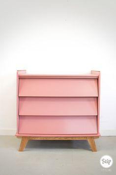 Nursery Dresser, Furniture, Home Decor, Boas, Commode Vintage, Decoration Home, Room Decor, Home Furnishings, Home Interior Design