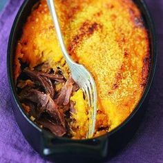 Recette parmentier de canard aux patates douces - Marie Claire France is an independent nation in Western Europe and the biggest market of a large overseas Cooking Time, Cooking Recipes, Healthy Recipes, Super Dieta, Yummy Food, Tasty, Winter Food, Food Inspiration, Love Food