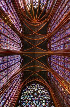 Press this pic and FOLLOW ME on Facebook!  Sainte Chappelle, Paris