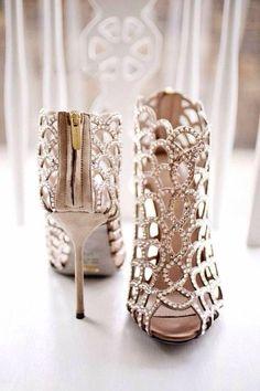 Beige strapy heel
