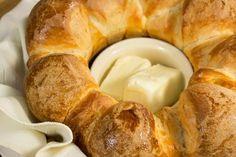 Homemade dough monkey bread