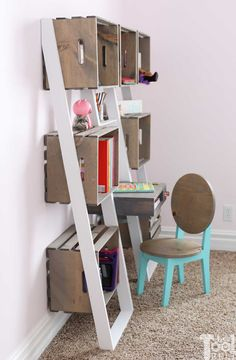 Leaning Crate Ladder Bookshelf and Desk - Her Tool Belt Old Crates, Wooden Crates, Wine Crates, Ladder Bookshelf, Bookshelves, Target Home Decor, Diy Home Decor, Large Corner Shelf, Crate Shelves