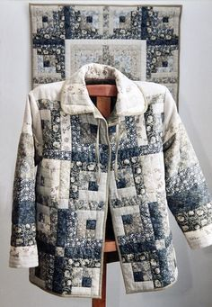 This Patchwork Bib Will Wow New Moms - Quilting Digest Quilted Sweatshirt Jacket, Quilted Jacket, Quilted Clothes, Sewing Clothes, Patchwork Quilt, Scrappy Quilts, Vetements Clothing, Jacket Pattern, Fashion Sewing