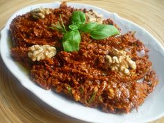 Emel in the Kitchen: Dried Tomato Butter - Mezesi, Soup Recipes Soup Recipes, Dinner Recipes, Dried Tomatoes, Bon Appetit, Risotto, Chili, Appetizers, Butter, Pasta