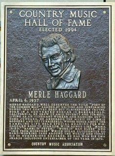 Country Music Hall of Fame, Merle Haggard. Country Music Stars, Old Country Music, Country Western Singers, Outlaw Country, Country Musicians, Country Music Videos, Country Music Artists, American Country, Country Guys