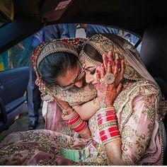 Every Couple's Ultimate Wedding Photo Checklist (Save RN! Bridal Poses, Wedding Poses, Wedding Photoshoot, Wedding Shoot, Wedding Bride, Wedding Couples, Wedding Ideas, Bridal Portraits, Wedding Bells