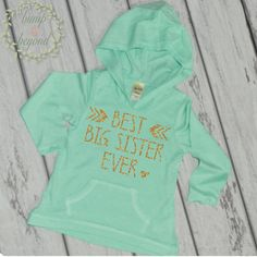 """Long Sleeve """"Big Sister"""" Shirt. This adorable hoodie makes a great big sister announcement shirt! We at Bump and Beyond Designs love to help you celebrate life's precious moments! This light weight je"""