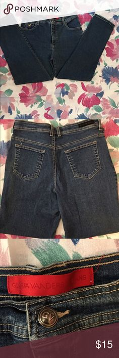 EUC Gloria VANDERBILT Blue Jeans size 14P $15.00 These GLORIA VANDERBILT Blue Jeans are in excellent condition! Size 14Petite, these comfortable jeans pair up for a casual look or a dressy, more formal event. Made with 97% cotton and 3% spandex, they have stretch to them and are easy to care for. Feel free to make me an offer. I'm clearing out my closet! Gloria Vanderbilt Jeans Straight Leg