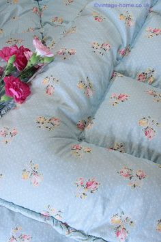 Vintage Home - Beautiful Blue Eiderdown with Rosebuds and Polka Dots www.vintage-home.co.uk