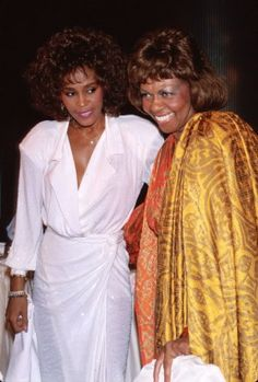 Whitney Houston and her mother, singer Cissy Houston, in From Time Life Pictures/DMI/Time Life Pictures/Getty Images. Whitney Houston, Beverly Hills, Cissy Houston, Lynn Whitfield, Women Lawyer, Beautiful Voice, Mariah Carey, Celebs, Celebrities