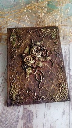 Book Crafts, Clay Crafts, Diy And Crafts, Arts And Crafts, Paper Crafts, Mixed Media Journal, Mixed Media Canvas, Altered Books, Altered Art