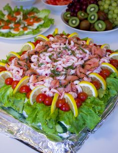 Smörgåstårta med räkor och tonfisk - ZEINAS KITCHEN
